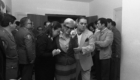 Otoño 1983 Salida familiares de Capilla ardiente por el Capitan de Farmacia Martin Barrios
